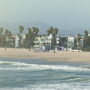 Venice Beach - Los Angeles Car Service International Airport (LAX)