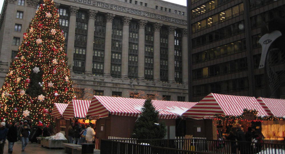 Thanksgiving Thrills in Chicago: Have a Blast Doing These 4 Things - Christkindlmarket at Daley Plaza - Swift Cars